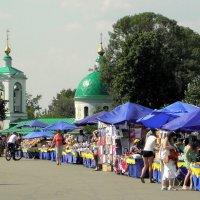 Москва - город контрастов. :: Елена