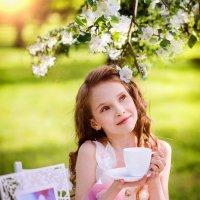 девочка весна :: Ирина Тахтарова Тахтарова