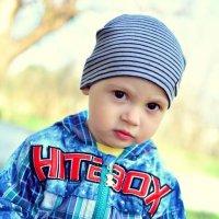 Серьёзный мальчик. :: Olga N