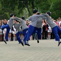 """""""Летающие матроски..."""" В) :: Дмитрий Иншин"""