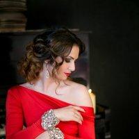 красное платье :: Оксана ЛОбова