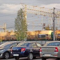 Автостоянка около железной дороги :: Фотогруппа Весна.
