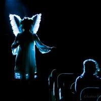 И ангел к нам слетает... :: Алёна Райн