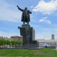 Памятник Ленину :: Вера Щукина