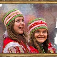 Две девочки в белорусских костюмах :: Nn semonov_nn
