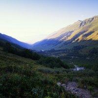 Утро начинается с гор :: Никита Юдин