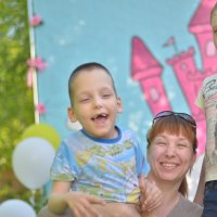 """Проект для семей с детками инвалидами """"Дети без границ"""" Комсомольск-на-Амуре :: Любовь"""