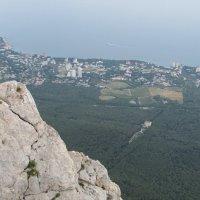 Вид на Южный берег Крыма с высоты птичьего полёта :: Александр Казанцев