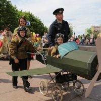 Парад колясок :: Карпухин Сергей