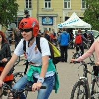 Северодвинск. Велопарад. Девушки :: Владимир Шибинский