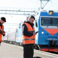 Когда приходит СМС о получении зарплаты, работа может подождать... :: Алексей Белик