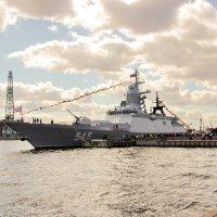 9 Мая на Неве (новый фрегат) :: Алексей Корнеев