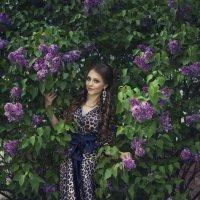 Портрет в сирени :: Женя Рыжов