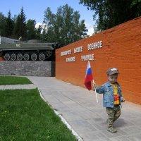 А я люблю военных ! :: Мила Бовкун