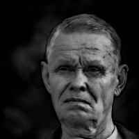 Портрет обывателя. :: Хась Сибирский