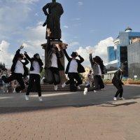 танец :: Олег Платонов