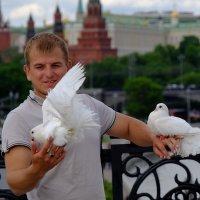 Любовь и голуби :: Алексей Казаков