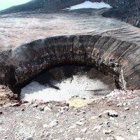 Маленький кратер (вул. Мутновский Камчатка) :: Василий