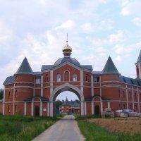 Женский монастырь :: ИГОРЬ ЧЕРКАСОВ