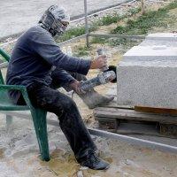 Женщина-скульптор :: Валерия  Полещикова