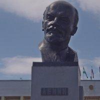 Он был последний джентльмен удачи.. :: Равиль Хакимов