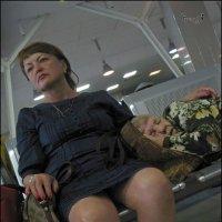 Мама спит, она устала... :: Виктор Крейдер
