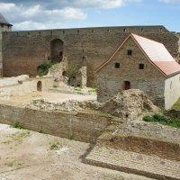 Первая крепость :: Елена Павлова (Смолова)