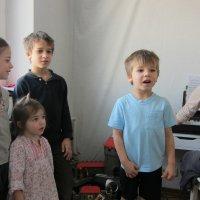 Семейный концерт :: Людмила Монахова