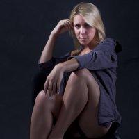 Женщина - это тайна покрытая платьем. :: Носов Юрий