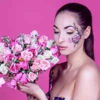 Весенний цветок :: Елена Баранова