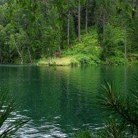 Изумрудное озеро :: Дмитрий Шматков