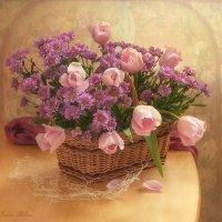 Цветы в корзинке :: Elena Lo