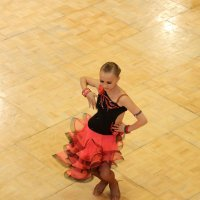 Потанцуем? :: Larisa Ulanova