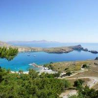 Греция.Тихая бухта. :: сергей гайтанов