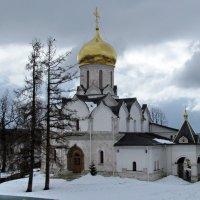 Собор Рождества Богородицы Саввино-Сторожевского монастыря :: галина северинова