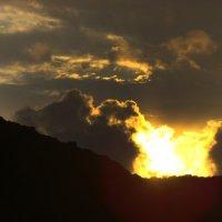 Взрыв солнца :: Юлия Мешкова