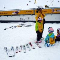 Дети.Лыжи.Первые шаги... :: Александр Яковлев