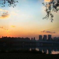 Город на закате :: Юлия Мешкова