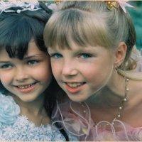 Незнакомые дети на свадьбе :: Константин Нусенко