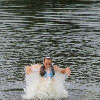 вылет из воды :: Зоя Хаирова