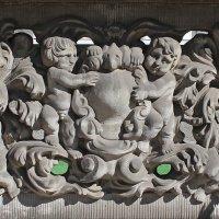 Каменные жители Гданьска :: Dmitry Swanson