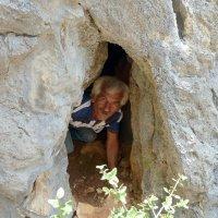 Пещерный человек. :: Чария Зоя
