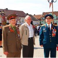Не стареют душой ветераны.. :: Антонина Гугаева