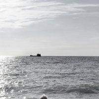 ДВОЕ У МОРЯ ( в стиле РЕТРО, смотреть, полностью раскрыв ) :: Николай Ярёменко