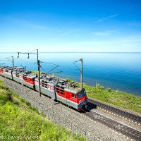 ВЛ80с-1661 вдоль Байкала :: Алексей Белик