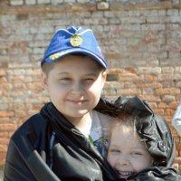 Брат и сестра :: Юлия Ланина