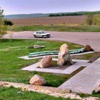 У памятника казакам Дона :: Валерий Лазарев