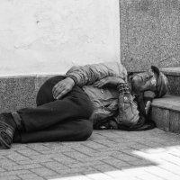 И сниться ему ... совсем не рокот космодрома :: Александр Степовой