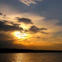"""""""На брегах Волги... Златые воды матушки реки..."""" :: Андрей Горячев"""