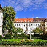 Здание клиники имени Вирхова в Берлине :: Денис Кораблёв